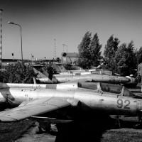 Л-29 и Мрия вдалеке